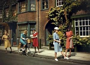 wartimegirls1943